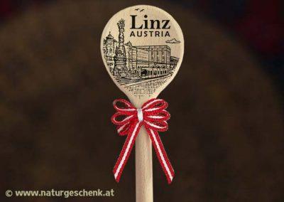 LInz Austria Holzlöffel Magnet